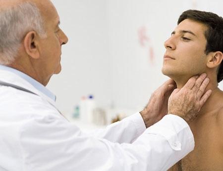 Điều trị viêm tinh hoàn sau quai bị