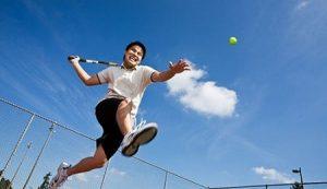 Giãn tĩnh mạch thừng tinh có chơi thể thao được không
